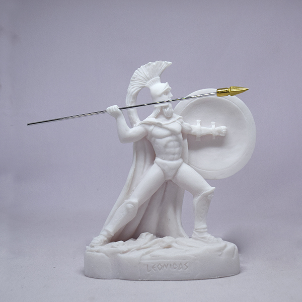 Leonidas statue ready to throw his spear in White color